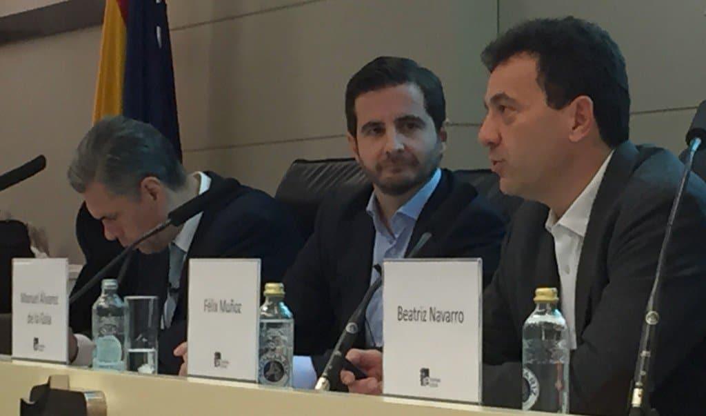 Félix Muñoz, Manuel Álvarez de la Gala y Enrique Dans en la presentación de la tercera edición del programa de Marketing y Ventas