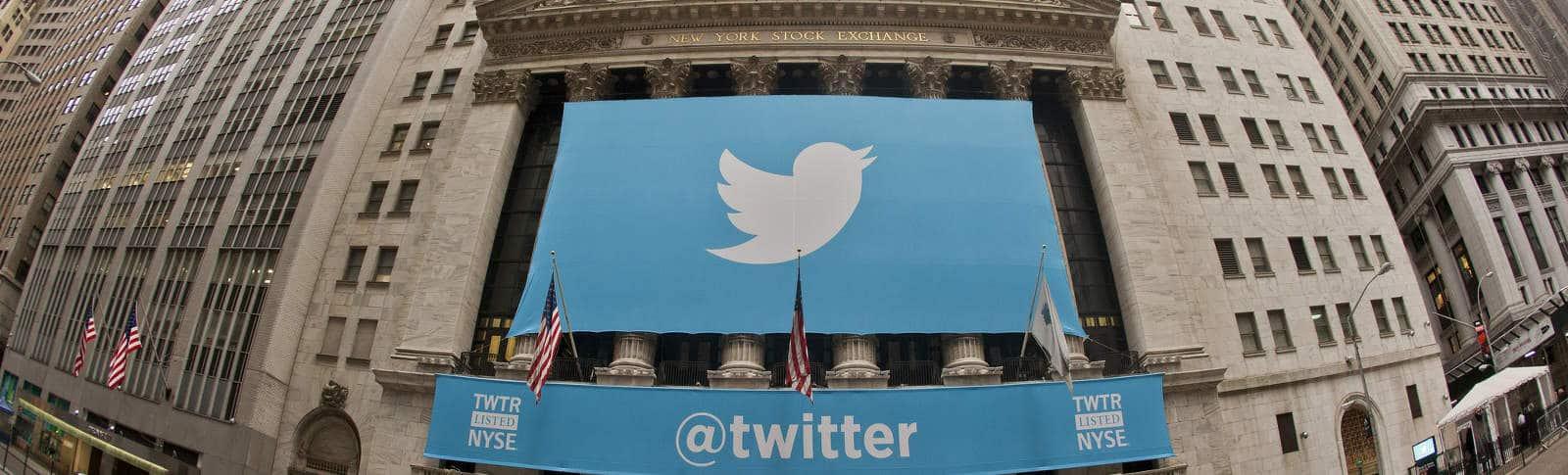 Twitter en el NYSE, por Garrett Heath, en Flickr (10779582136), con licencia CC by